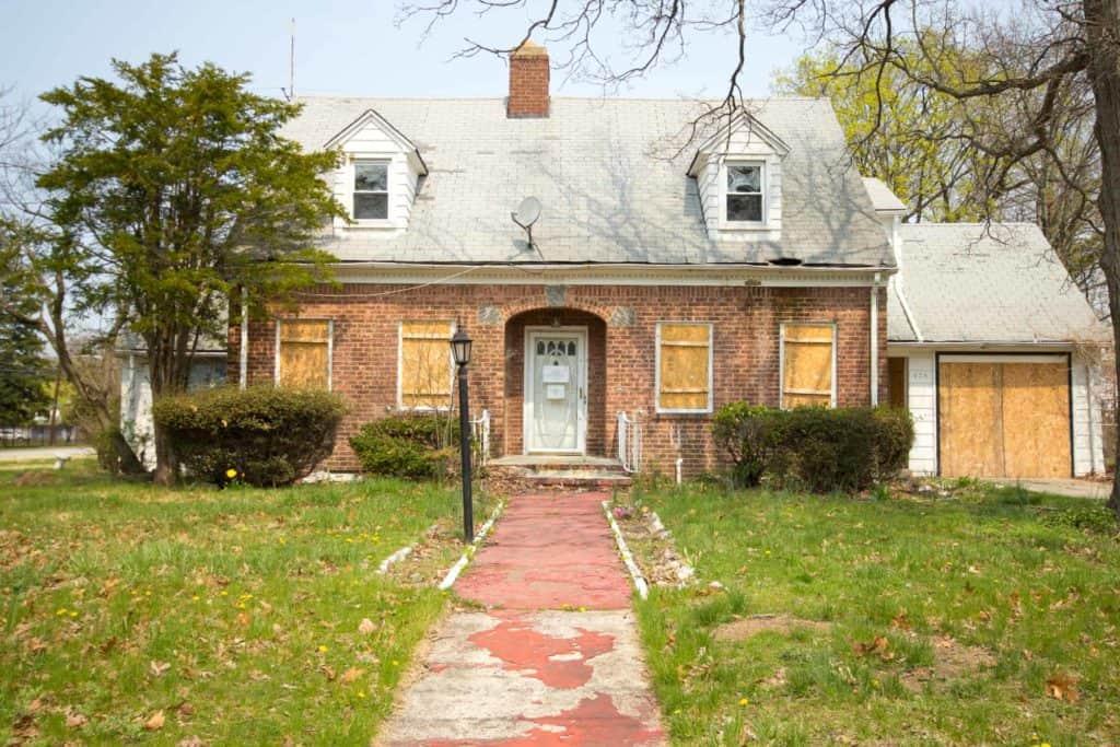 Maison saisie et vendue par adjudication