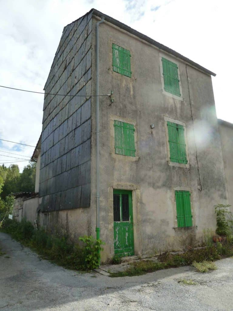 Immeuble aux enchères nécessitant de gros travaux